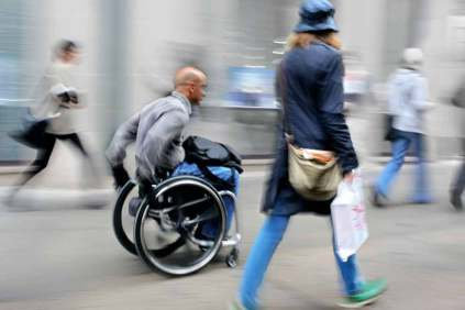 photo_wheelchair-user-and-a-walking-person